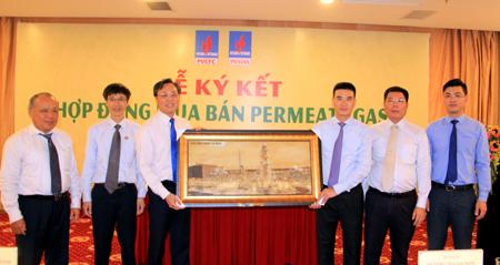PVCFC và PV GAS tiến hành Lễ ký kết mua bán khí permeate gas